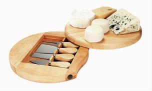 Käse-Set mit Brett und 4 tlg. Käsebesteck